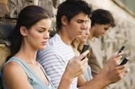 Поколение шаблонов: Для чего двадцатилетним нужны айфон, тусовка и диплом?