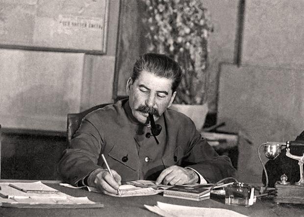 121123006_Stalin