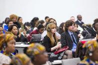 Участники форума в Баку призывают относиться к молодежной политике серьезно